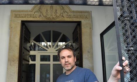 """LA BIBLIOTECA COLOMBINA, escenario de la novela """"El Mercader de Libros"""" de Luis Zueco"""
