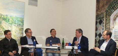 """Presentación de la exposición y del nuevo libro """"Alhambra"""", de Fernando Manso"""