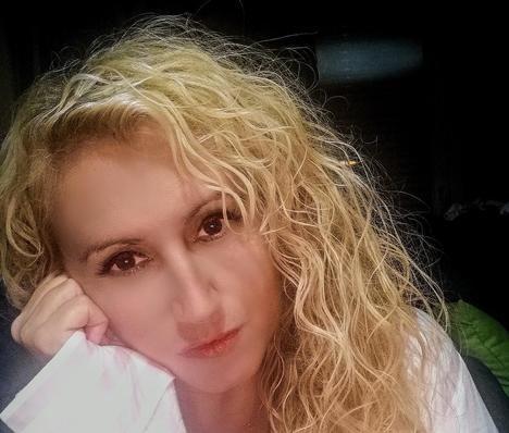 María Beatriz Muñoz. Granada en el corazón de una escritora exitosa