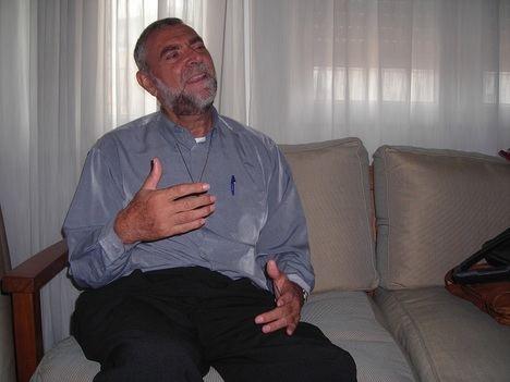 Entrevista al Padre Juan González Núñez: