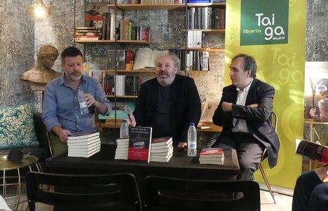 """Quequé presenta la novela de Gastón Segura """"Los invertebrados"""""""