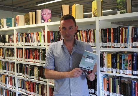 """Ragnar Jonasson: """"Una novela negra necesita momentos de tensión y otros de calma"""""""