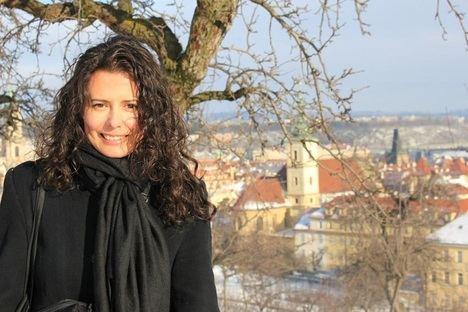 La escritora y periodista Raquel de la Morena gana el V Premio Titania de Novela Romántica con