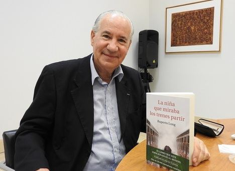 """Entrevista a Ruperto Long: """"La guerra muestra lo mejor y lo peor del ser humano"""""""