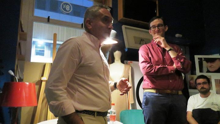 El prologuista del libro Antonio Sánchez- Escalonilla, junto al autor, Pablo Alzola Cerero