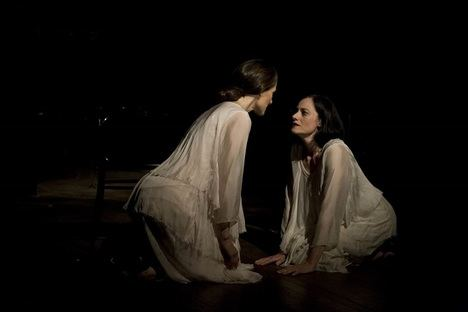"""""""Amiga"""", de Irina Kouberskaya, la amistad desde el punto de vista de la poesía"""