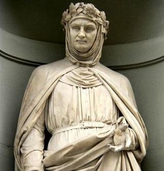 Estatua de G. Boccaccio, en la Galería de los Oficios de Florencia