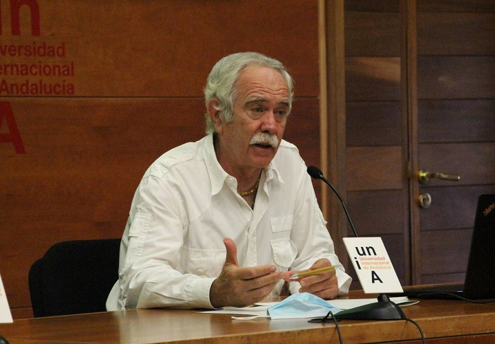 Antonio Pérez Henares en la Universidad de Baeza UNIA