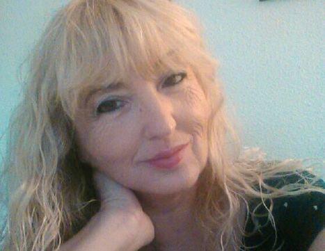 Entrevista a la poeta valenciana Elena Torres