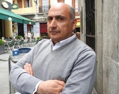 Hernández Garvi y Velasco Oliaga descubrirán los 'Lugares misteriosos de nuestras guerras' en Escolibro