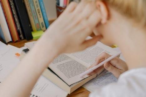 Los libros educativos son herramientas esenciales en todo proceso de formación