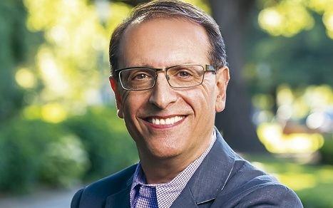 Entrevista al neurocientífico e inmunólogo Óscar Segurado, autor del bestseller
