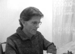 """Rafael Banegas Cordero publica en Hiperión su poemario """"Simulacro del frío"""""""