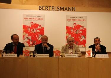 Vicente del Bosque y José Luis Garci presentan el nuevo libro de Inocencio F. Arias