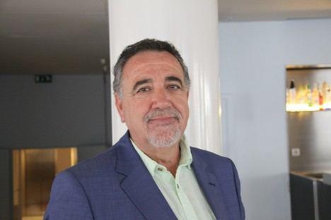 Jesús Maeso de la Torre gana el II Premio CajaGRANADA
