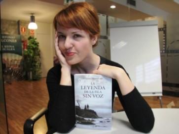 """Entrevista a Vanessa Montfort, autora de """"La leyenda de la isla sin voz"""""""