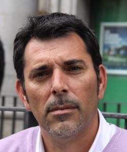 """Entrevista a Víctor del Árbol, autor de """"Un millón de gotas"""""""