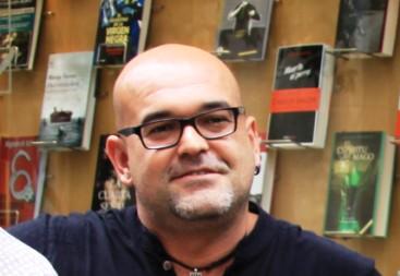 Alexis Ravelo se hace con el Premio Dashiel Hammett de la Semana Negra de Gijón