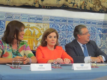 Ana Botella, Soraya Saénz de Santamaría y Antonio Zoído