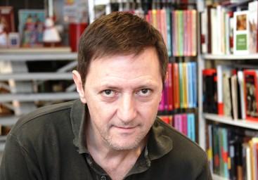 """Entrevista a Ignacio Martínez de Pisón, autor de """"La buena reputación"""""""