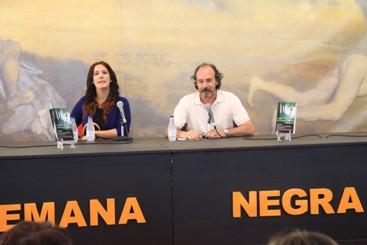 Dolores Redondo y Alfonso Mateo-Sagasta