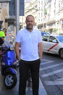 """Entrevista a Leandro Pérez, autor de """"Las cuatro torres"""""""