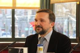 Sergio Vila-Sanjuán presenta