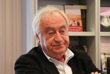 El escritor holandés Cees Nooteboom publica en Siruela su libro