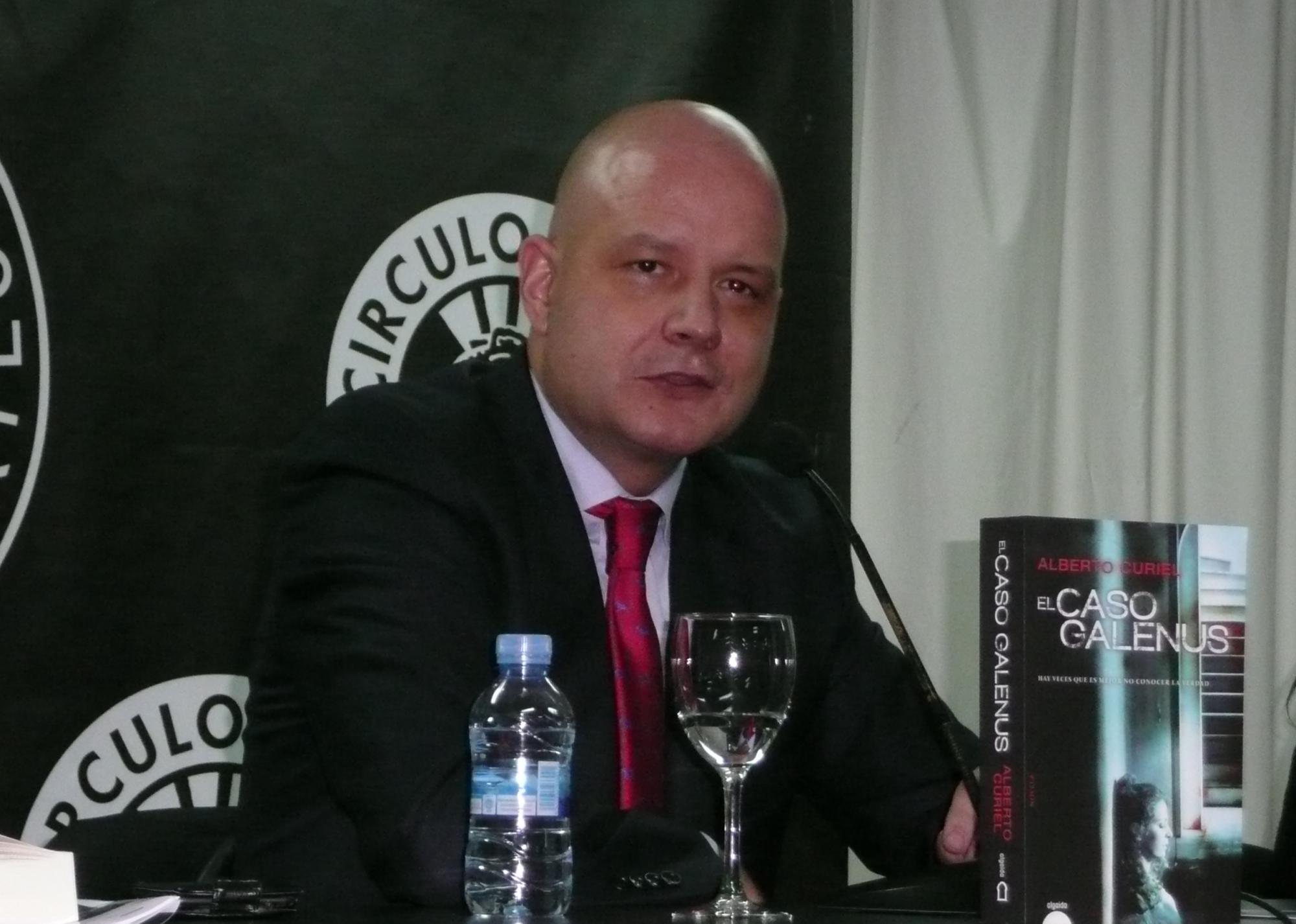 Alberto Curiel