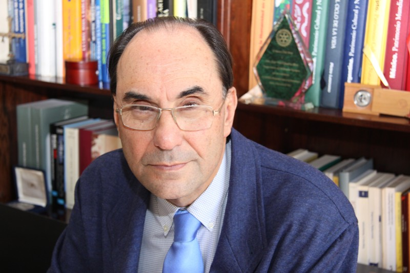 Alejo Vidal-Quadras presenta su obra