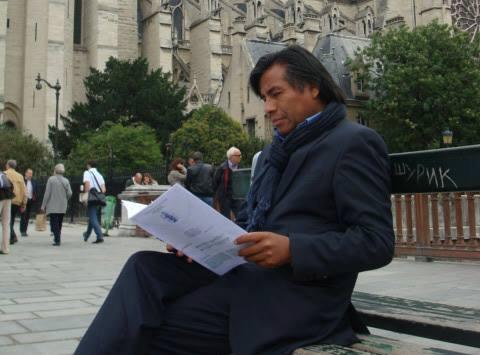 Porfirio Mamani Macedo: Un poeta peruano que hace sentir su voz desde Francia.