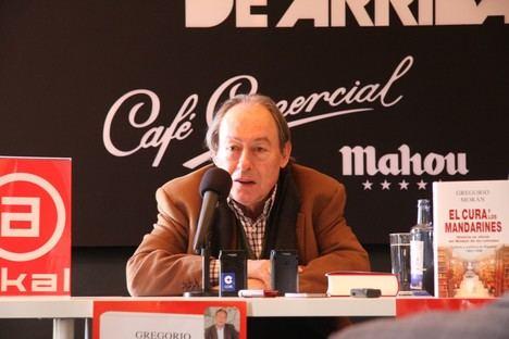 """Gregorio Morán presenta """"El cura y los mandarines"""", con el duque de Alba como protagonista"""