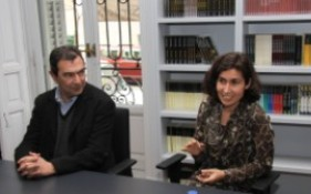 """José Luis Rodríguez del Corral presenta su novela """"Blues de Trafalgar"""", ganadora del premio Café Gijón 2011"""