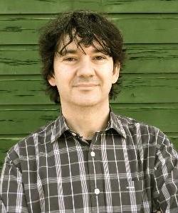 """Entrevista Rodrigo Muñoz Avia, autor de """"Cactus"""""""
