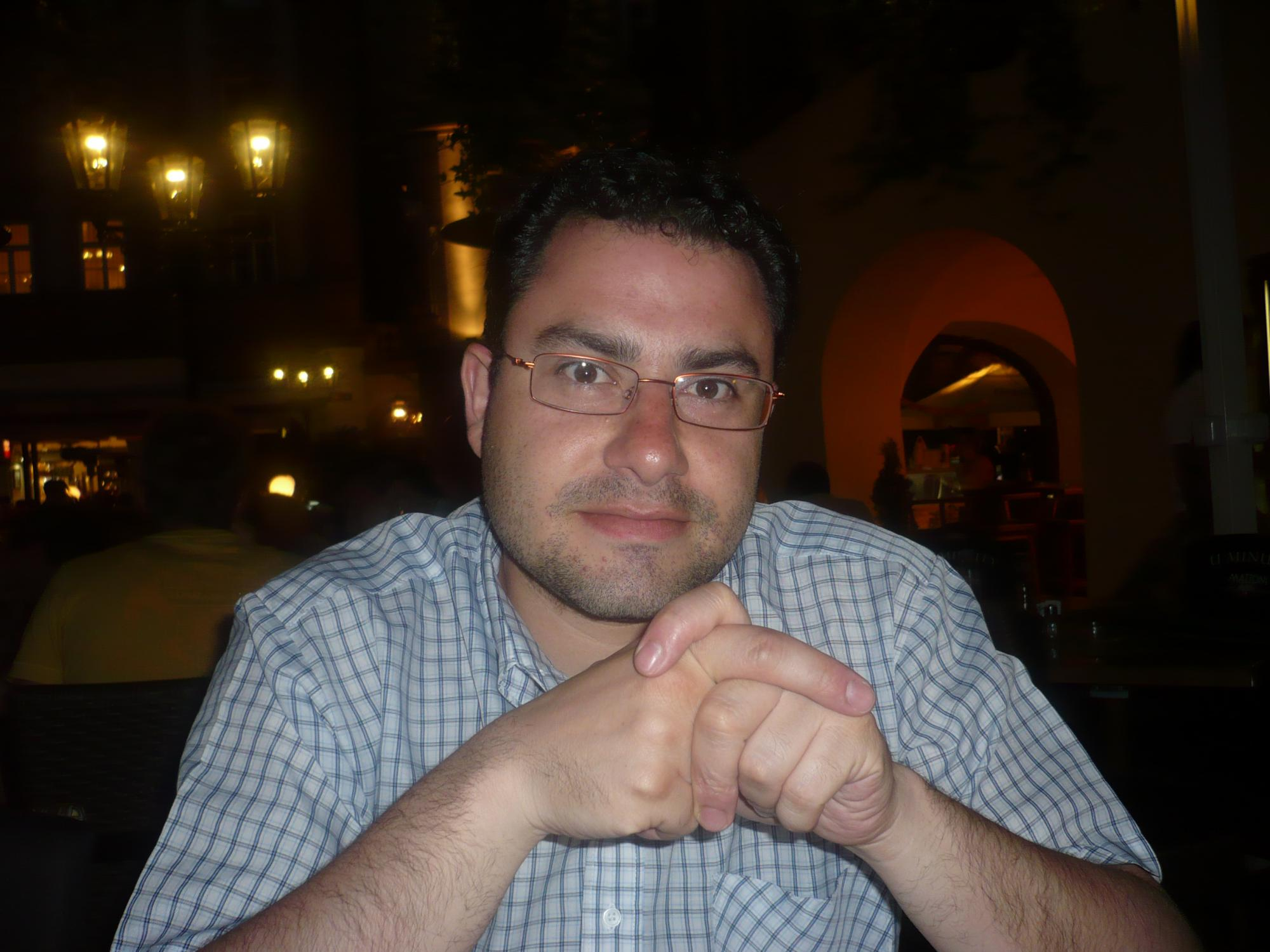 El poeta vallisoletano David Acebes Sampedro obtiene el Primer Premio de Poesía en el Primer Centamen Literario