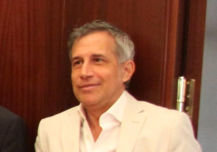 Ignacio Elguero publica el libro