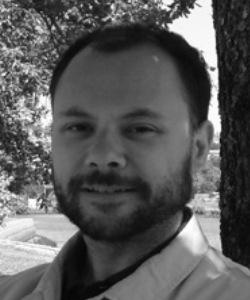 Entrevista a Javier Yuste, autor de
