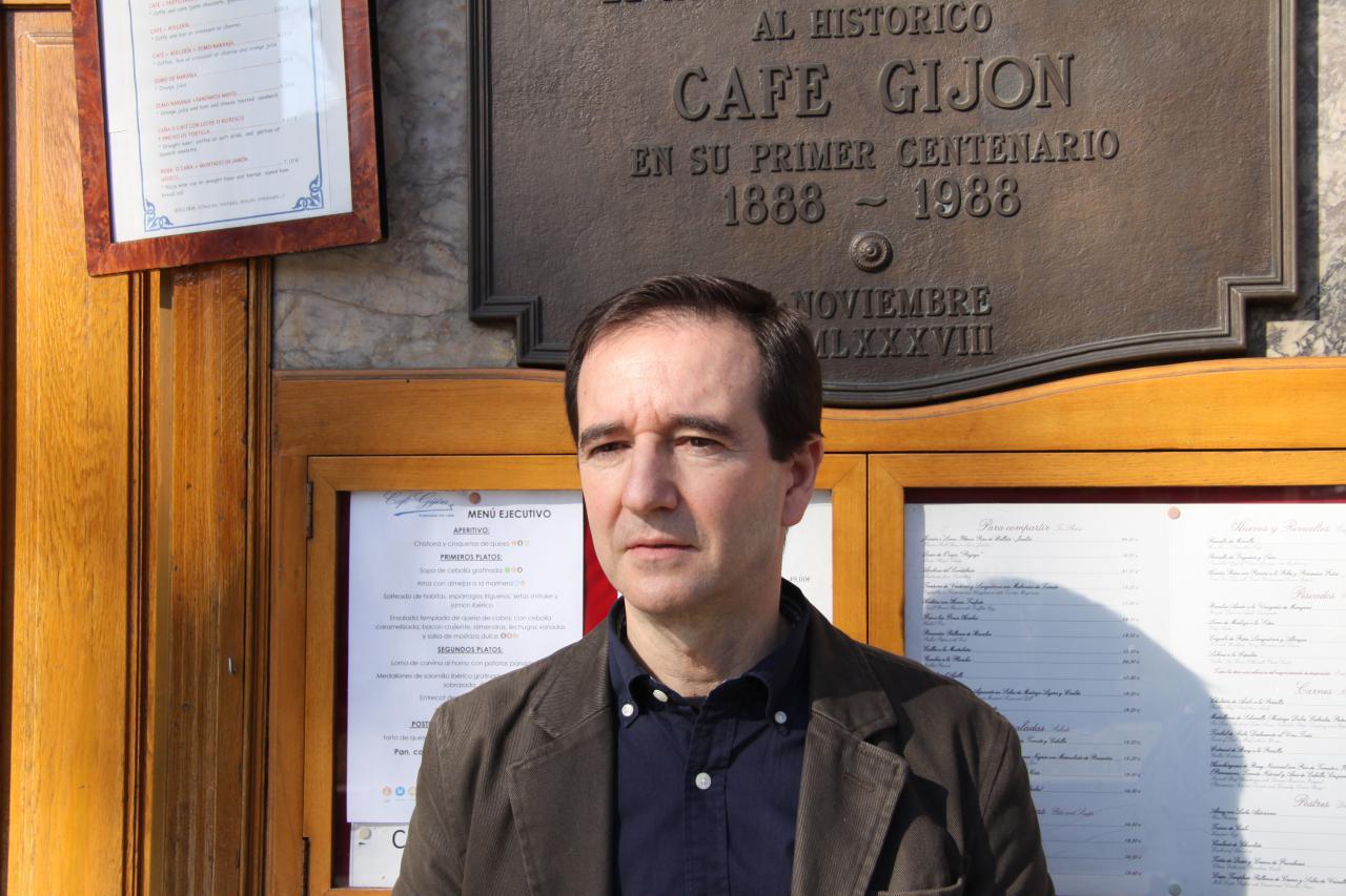 """Se presenta la novela ganadora del XVI Premio Café Gijón, """"El juego sigue sin mí"""""""