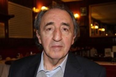 """Entrevista con Ramón Irigoyen autor de """"Poesía reunida (1979-2011)"""