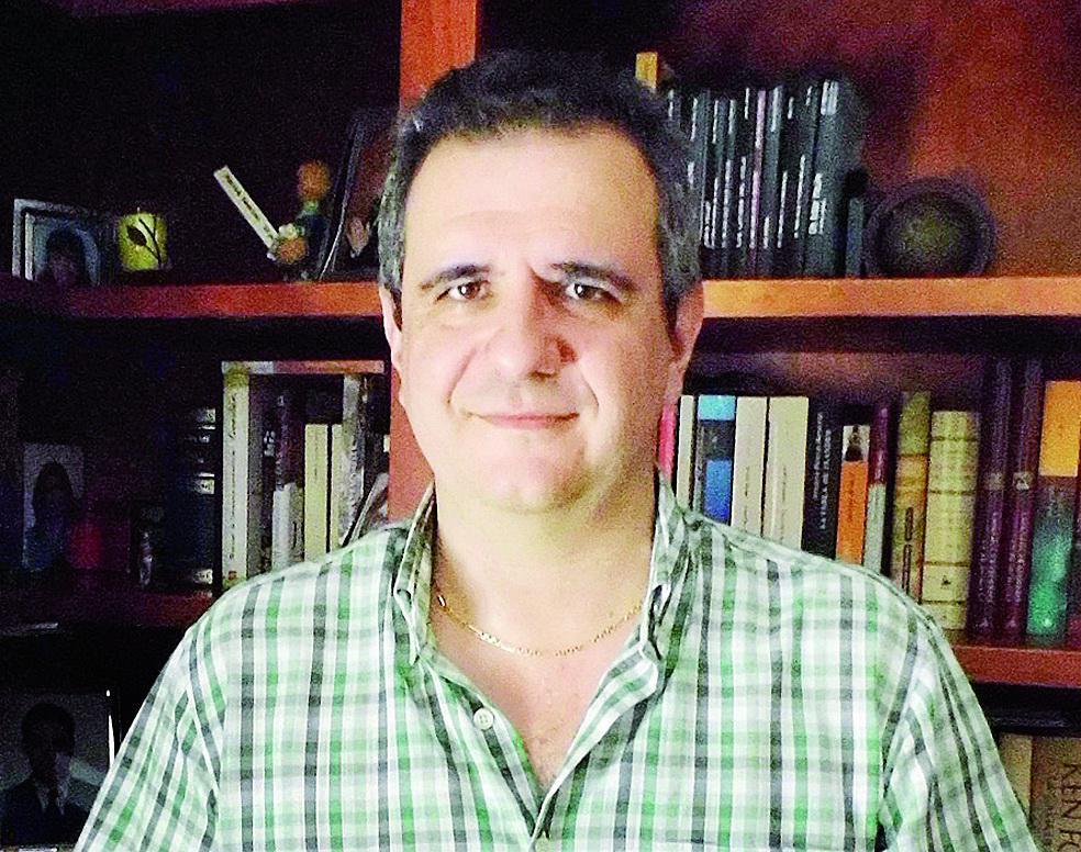 Alberto Pasamontes se alza con el premio Francisco García Pavón de novela policíaca