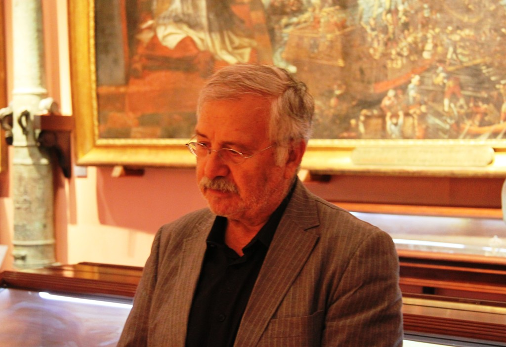 """Fernando Martínez Laínez presenta en el Museo Naval su nueva novela histórica, """"El náufrago de la Gran Armada"""""""