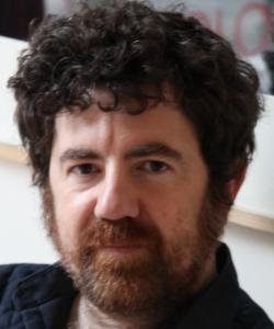 """Entrevista a Ángel Gil Cheza, autor de """"Pez en la hierba"""""""