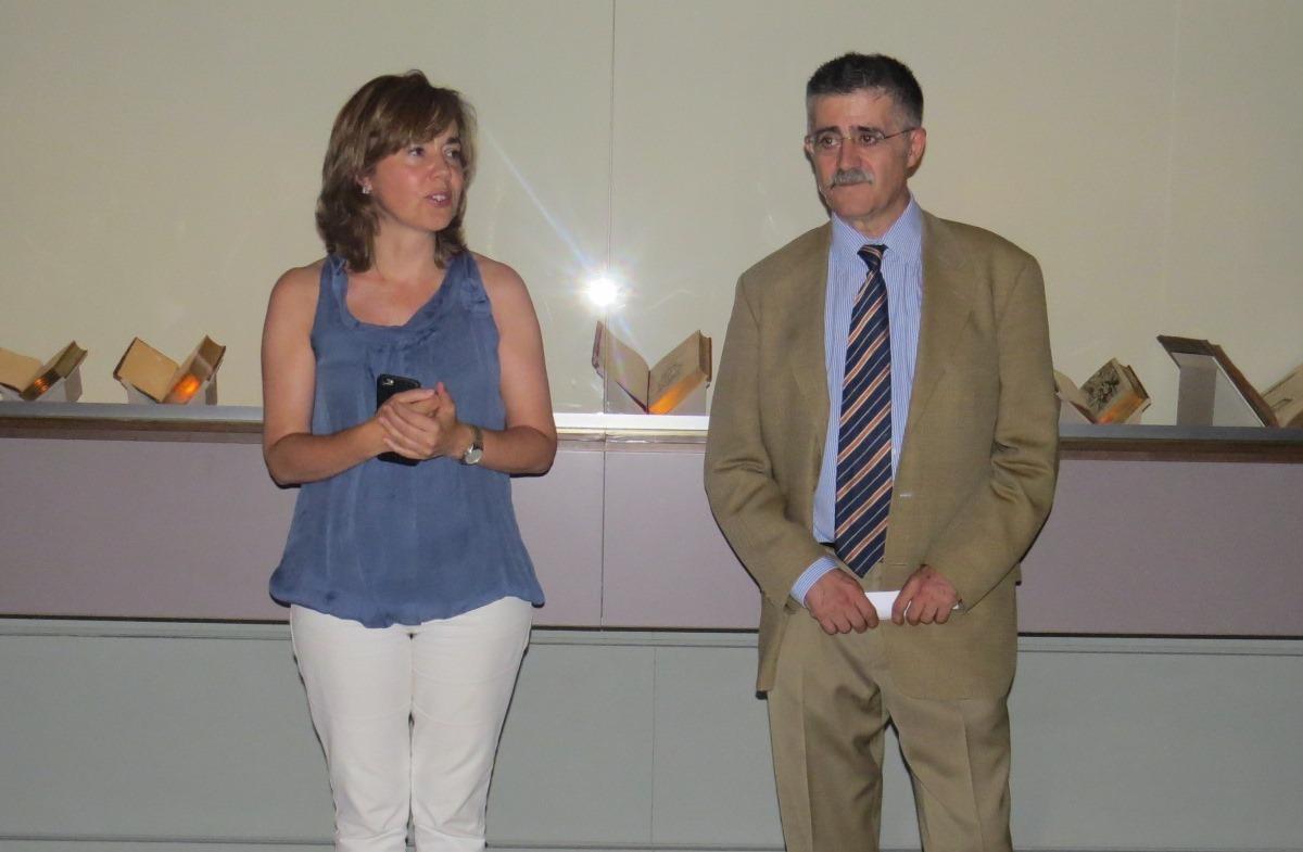 La Directora del Museo L�zaro Galdiano, Elena Hernando y el Comisario de la exposici�n Juan Antonio Yeves