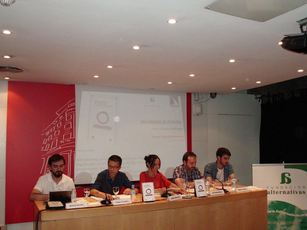 Ignacio Escolar, ��igo Errej�n, Bel�n Barreiro, Jos� Fern�ndez-Albertos y Pablo Sim�n