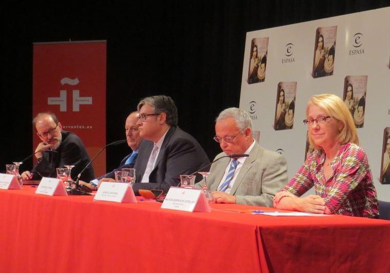Enrique Álvarez; Fernando García de Cortázar; Juan Manuel de Prada; Gonzalo Santonja y Ana Rosa Semprún