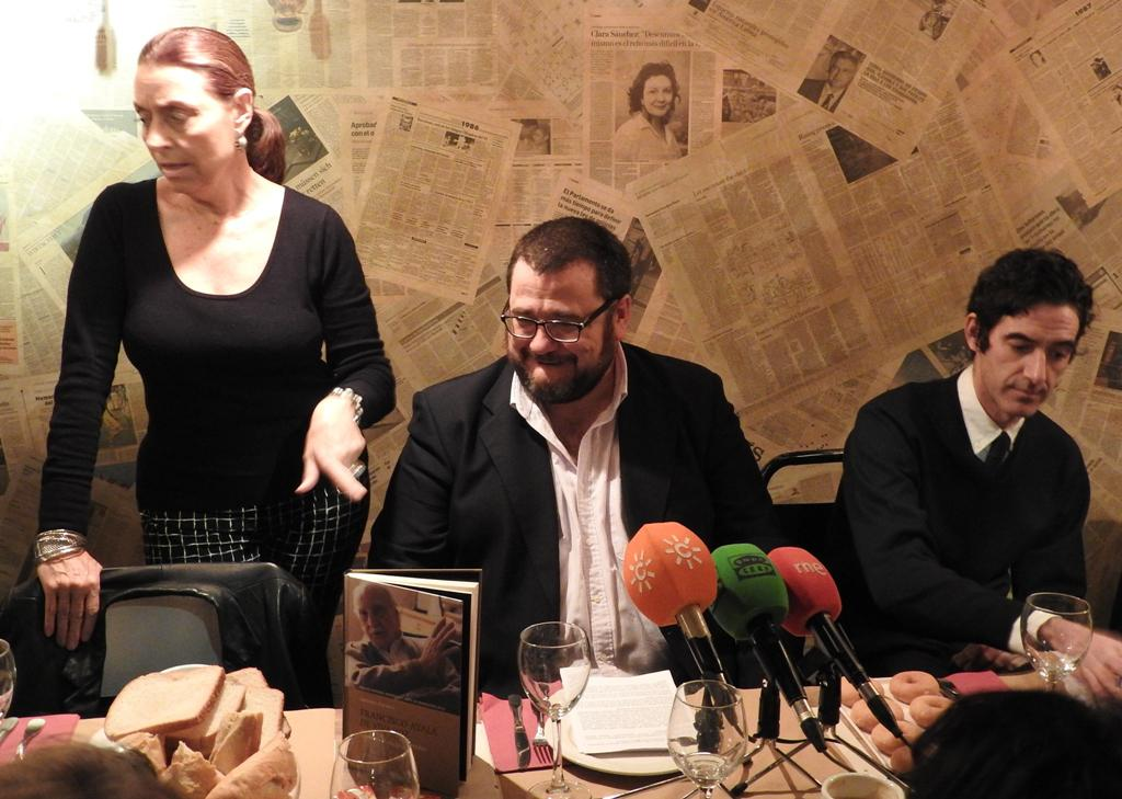 """El periodista Antonio Astorga presenta """"Francisco Ayala de viva voz. El escritor en sus entrevistas"""""""