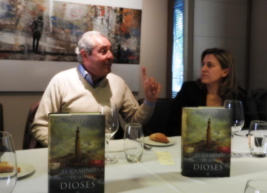 Antonio Cabanas presenta su nueva novela histórica sobre el Antiguo Egipto