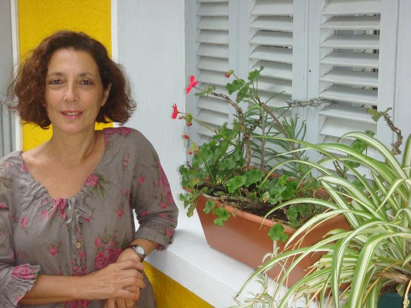Entrevista a Diana Paris, autora de 'Secretos familiares'