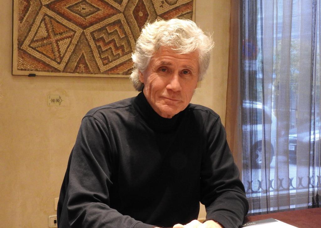 "Entrevista a John Verdon, autor de ""Controlaré tus sueños"""