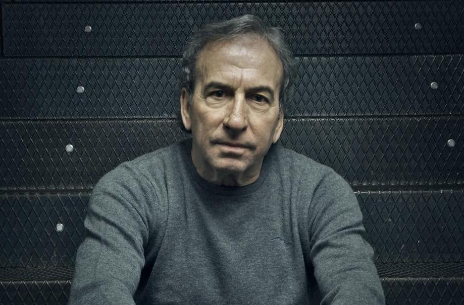 José Luis Perales publica su primera novela,